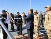"""بالفيديو الرئيس المصري عبدالفتاح السيسى يشهد المناورة البحرية بالذخيرة الحية """"ذات الصوارى"""""""