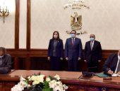 رئيس الوزراء يشهد توقيع بروتوكول تعاون بشــأن تدبير وتشغيل مراكز  تكنولوجية متنقلة لتقديم خدمات المحليات